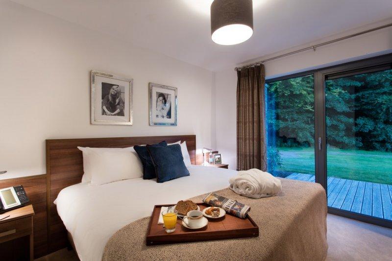 Herons Reach at Castlemartyr Resort bedroom