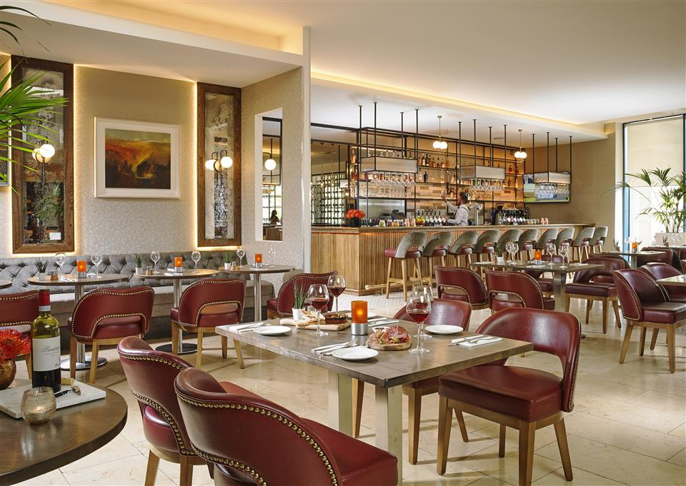22 Bar & Restaurant