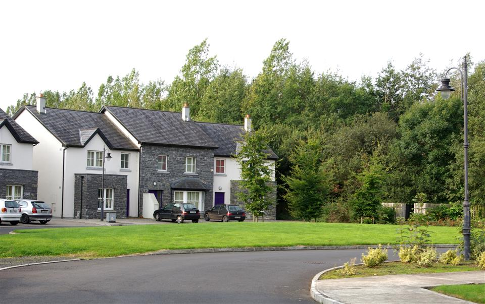 Bunratty West Holiday Homes exterior