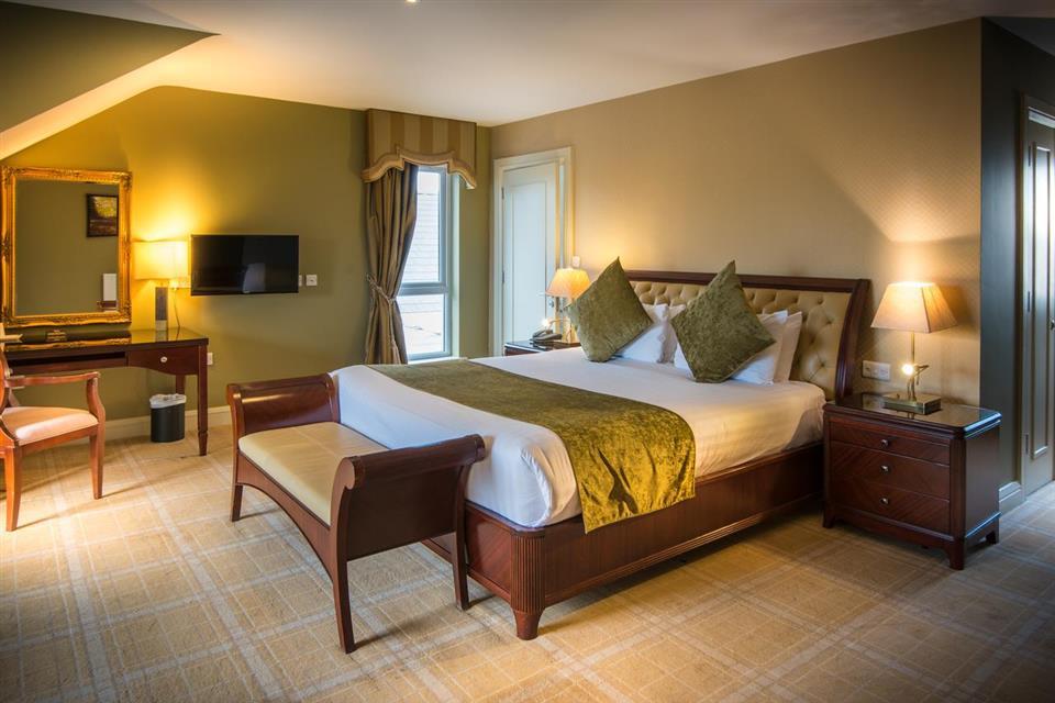 Jacksons Hotel Bedroom