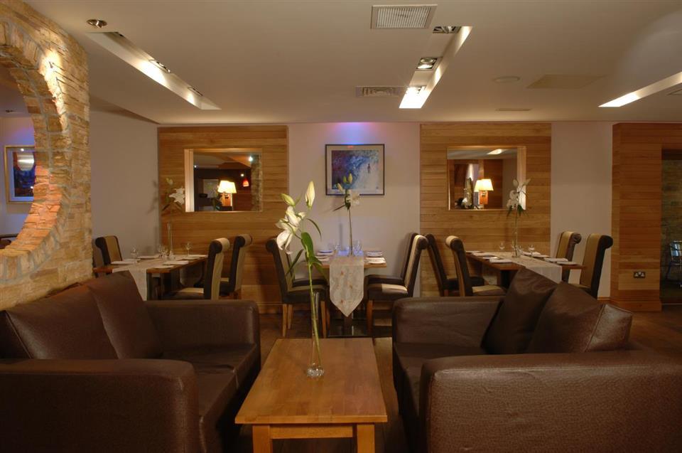 Villa Rose Hotel & V Spa Lounge