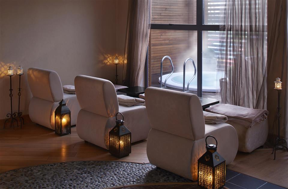 Radisson Blu Hotel Limerick Outdoor Hot Tub