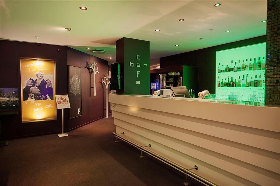 Hotell Klubben Bar