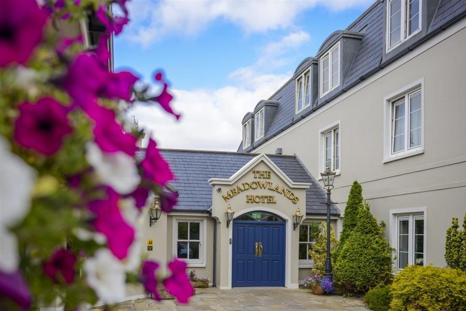 Meadowlands hotel exteriro