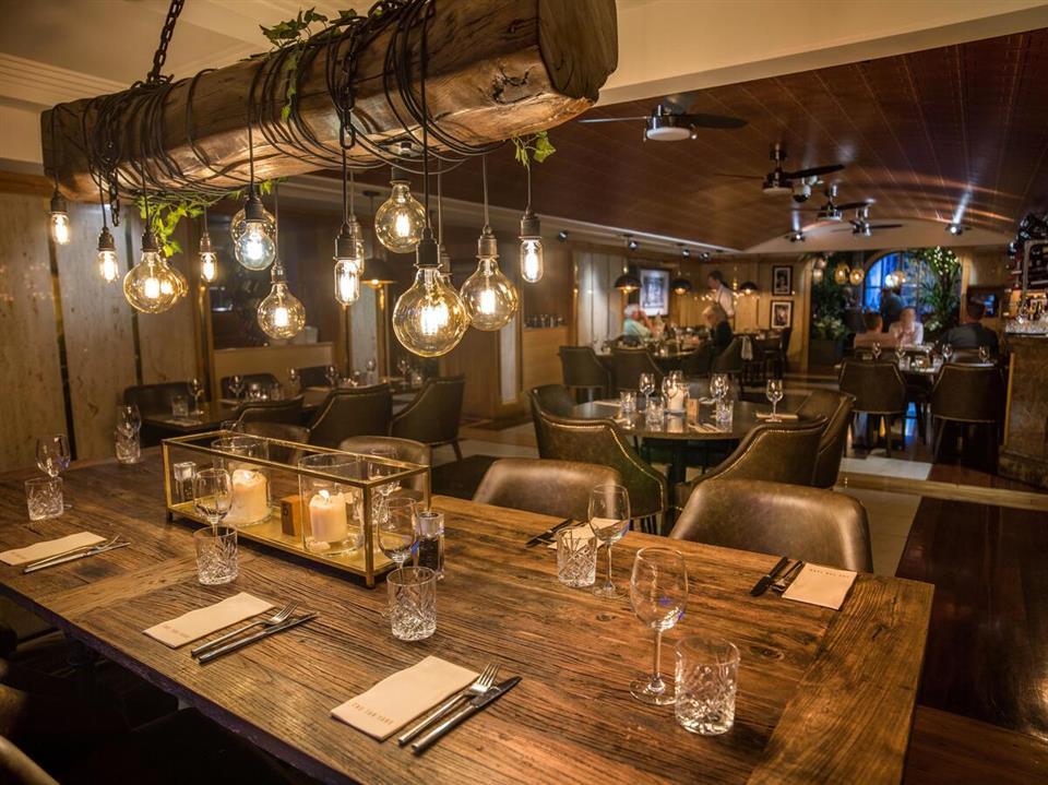 Killarney Plaza Hotel Dining restaurant