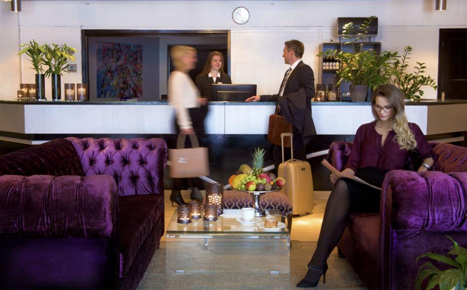 Vinger Hotell Reception