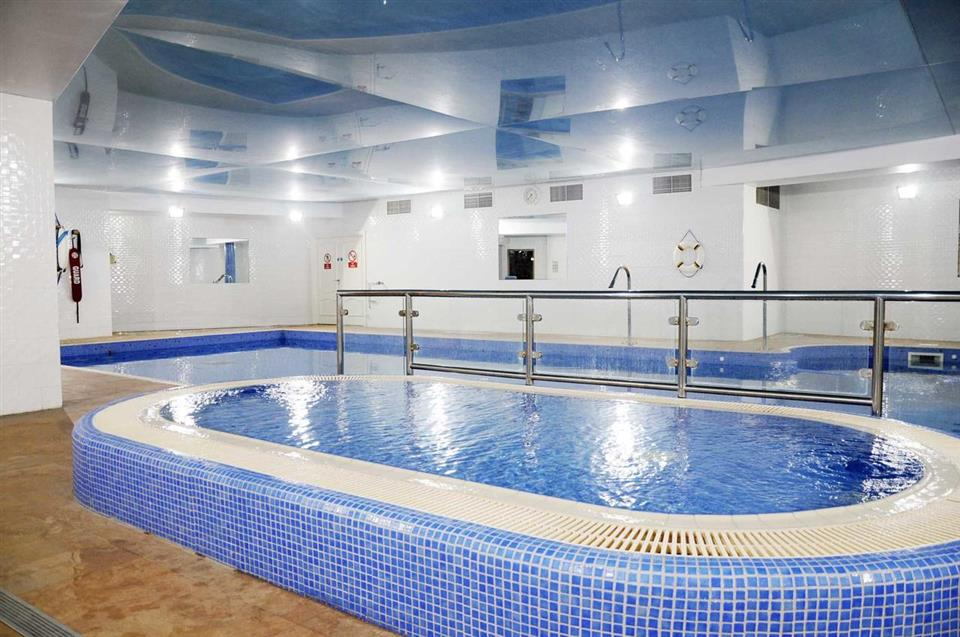 Schull Harbour Hotel Swimming Pool