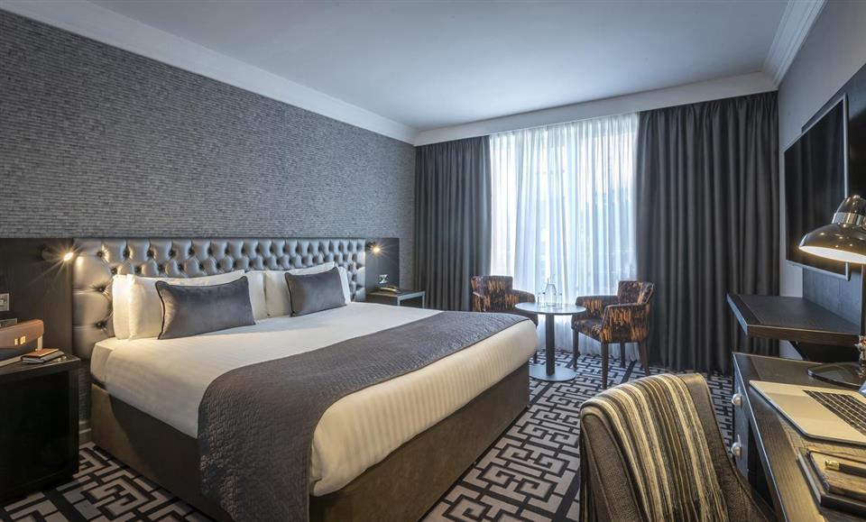 Talbot Hotel Stillorgan Deluxe Bedroom