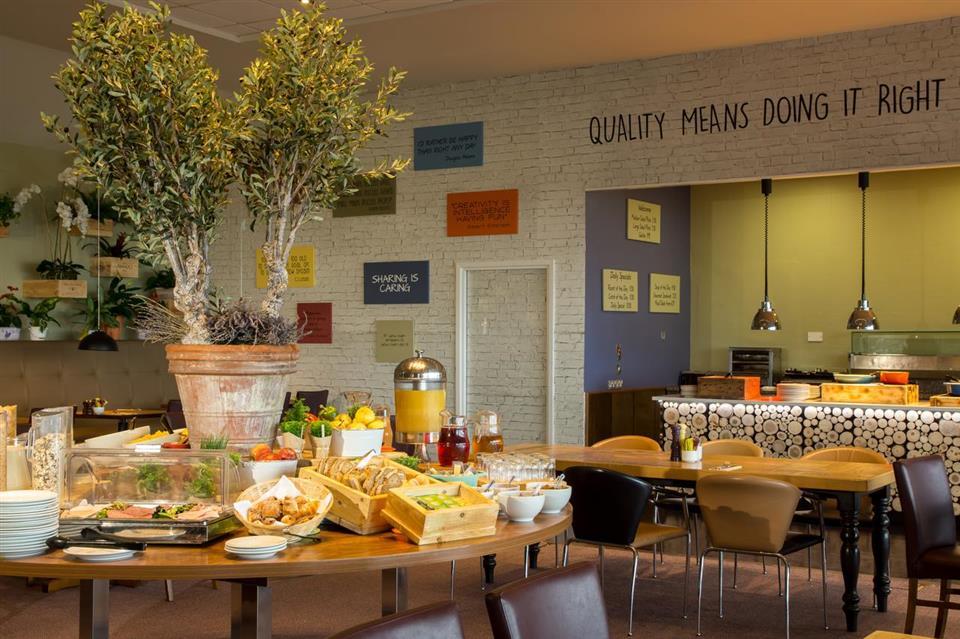 Cork Airport Hotel Breakfast