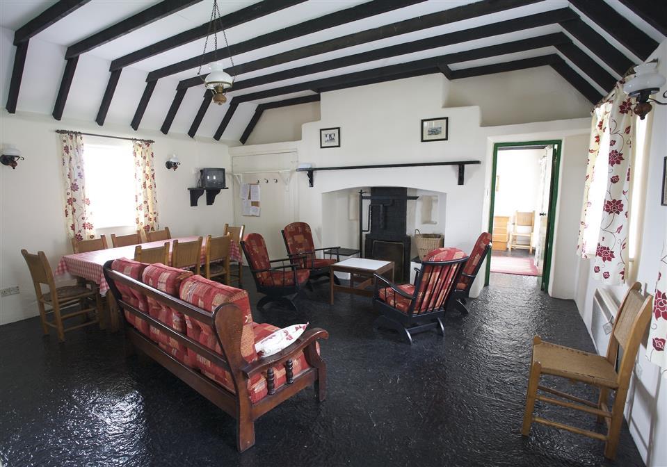 Corofin Lake Cottage Living Room