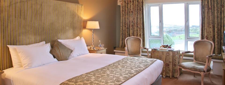 Connemara Coast Hotel bedroom
