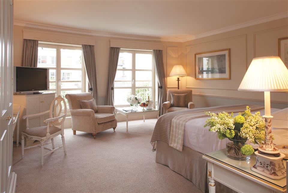 Merrion hotel bedroom