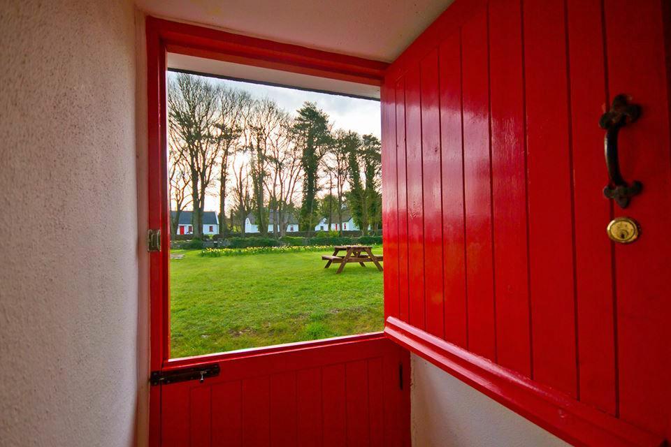 Lough Derg Thatched Cottages red door