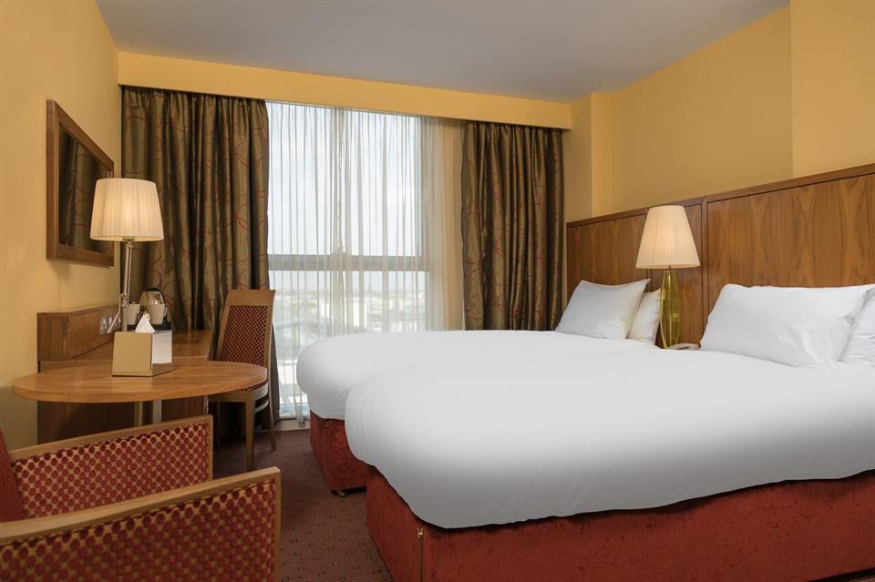Tallaght Cross Hotel Twin room
