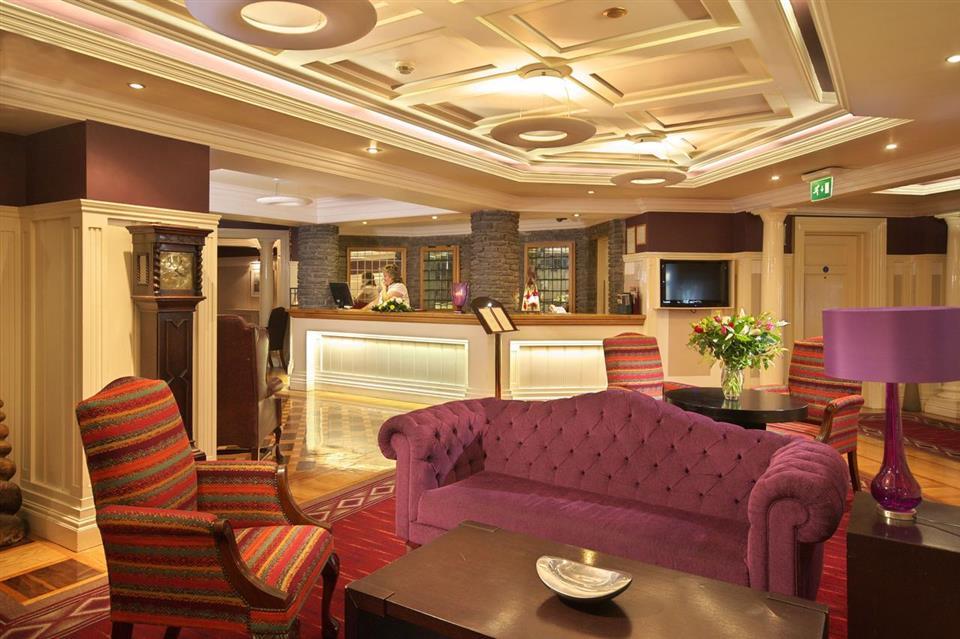 Castle Hotel Macroom Reception
