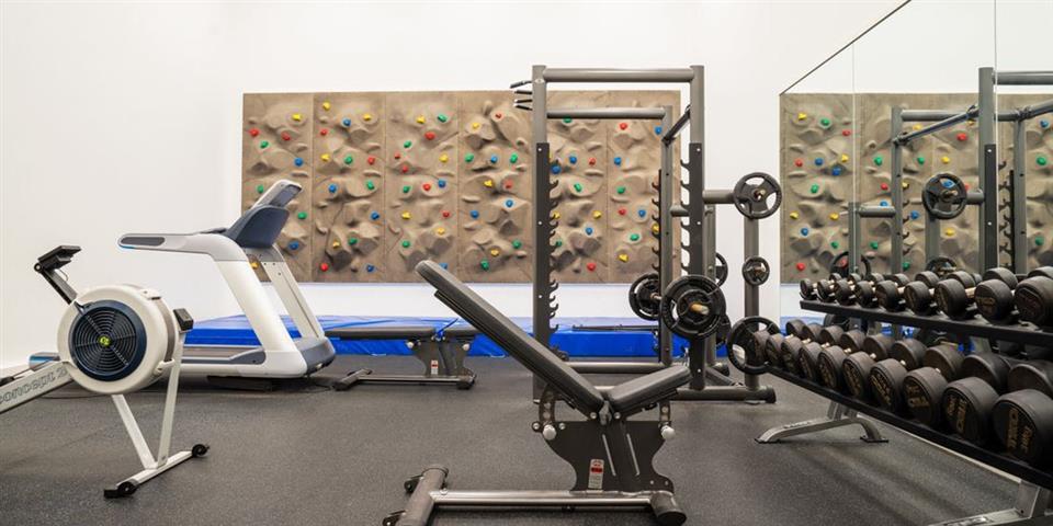 Thon Hotel Bergen Airport Gym