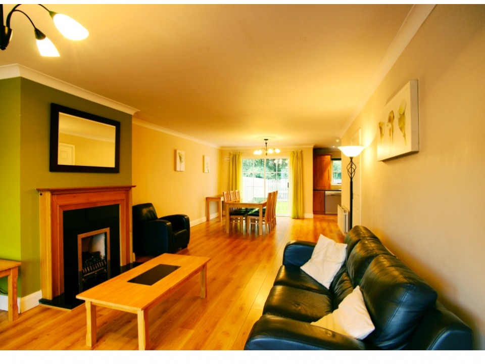 Bunratty West Holiday Homes Sitting Room