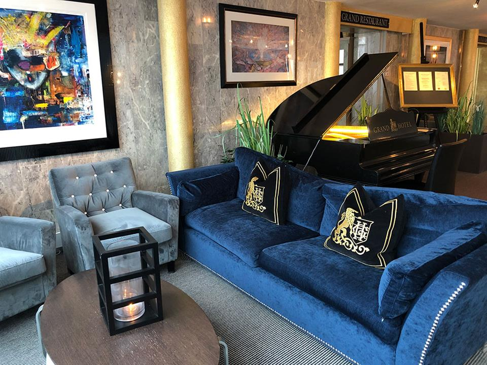 Grand Hotel Åsgårdstrand Piano Lobby