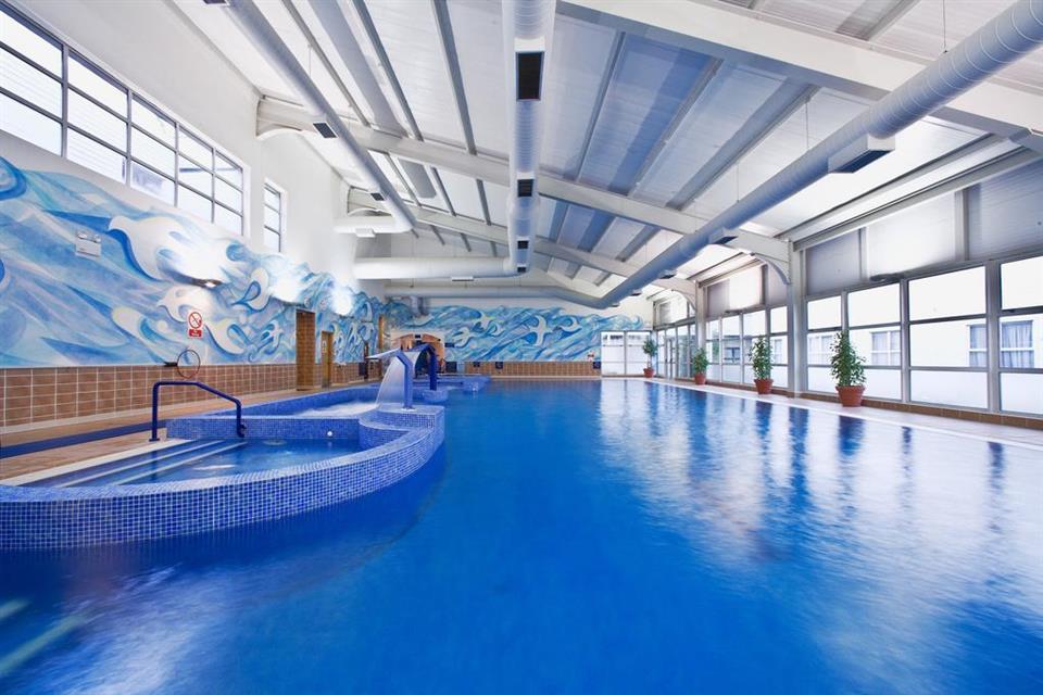 Brandon House Hotel Pool