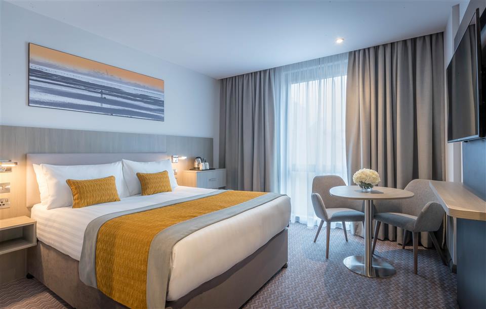 Maldron Hotel Parnell Square Bedroom