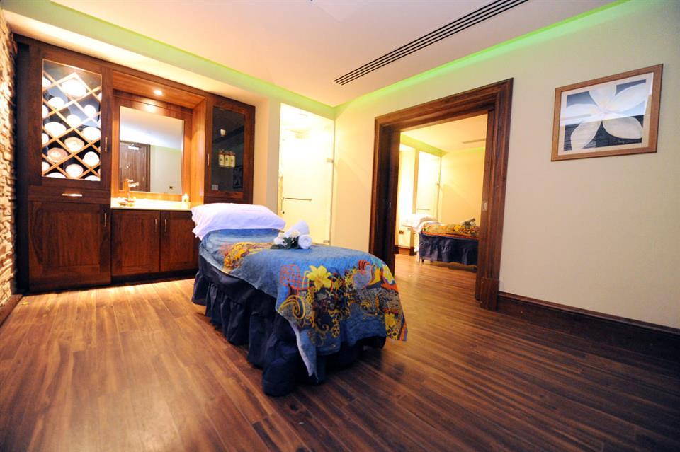 Kilronan Castle Hotel Massage