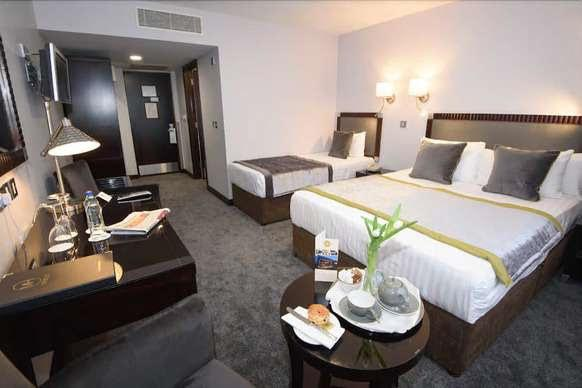 McGettigans Hotel Bedroom