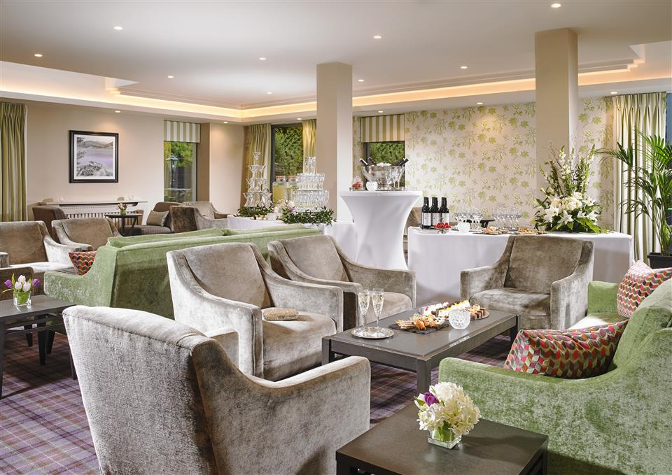 Actons Hotel Garden Lounge