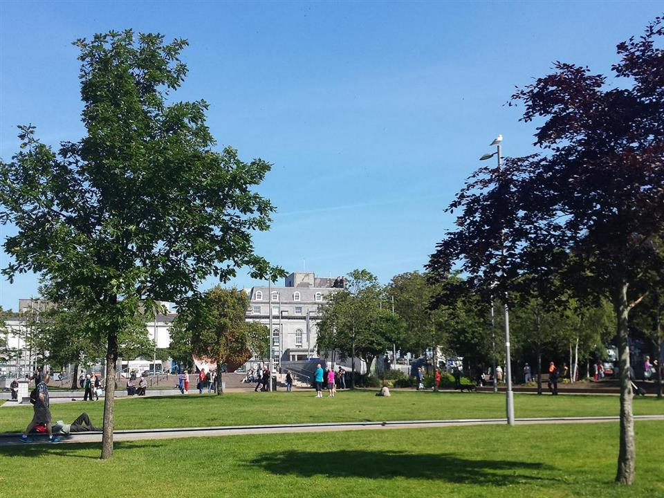 Flannerys Hotel Eyre Square