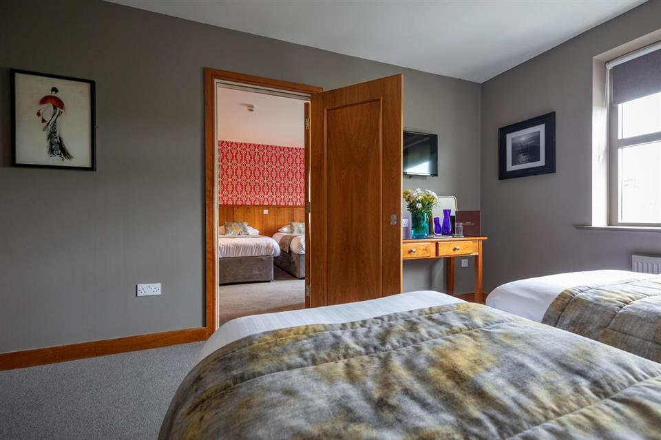 Kilkenny Inn Interconnecting Room