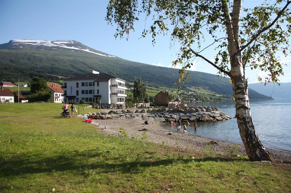 Innvik Fjordhotell Vy