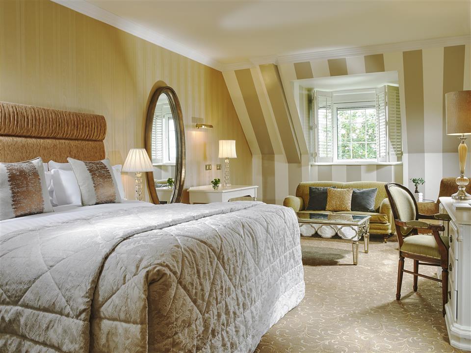 Manor Room at Hayfield Manor