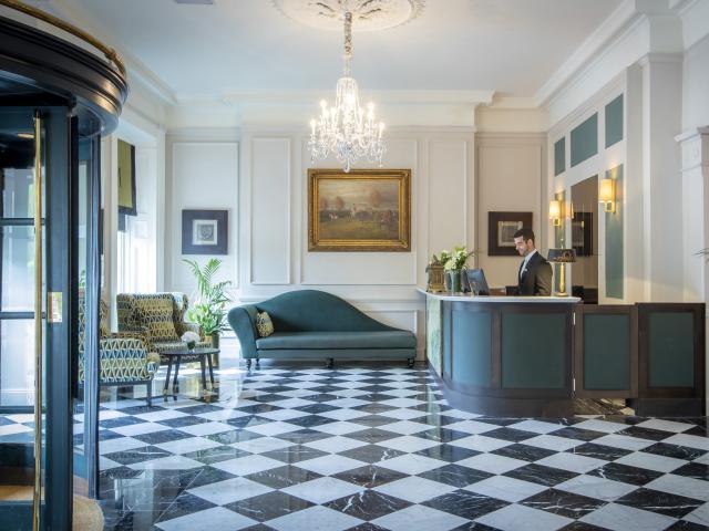 Hardiman Hotel Interior