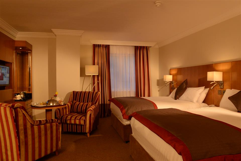 Clanree Hotel Letterkenny Family Room
