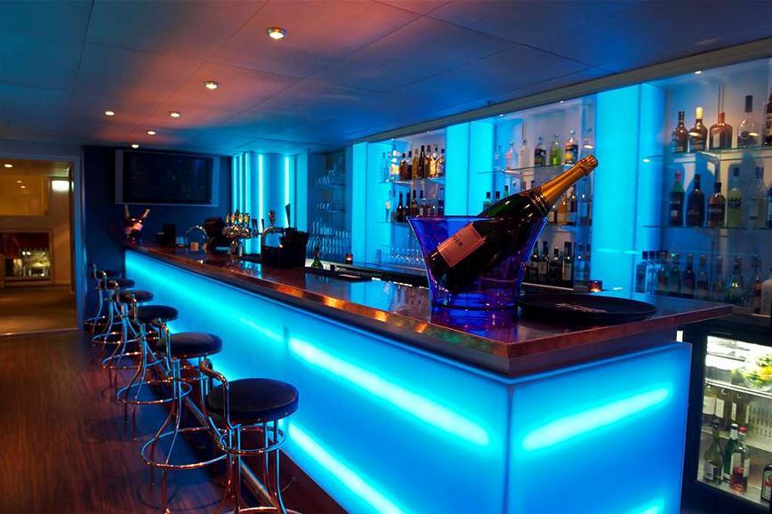 Best Western Plus John Bauer Hotel Bar