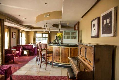 Pier Head Hotel bar
