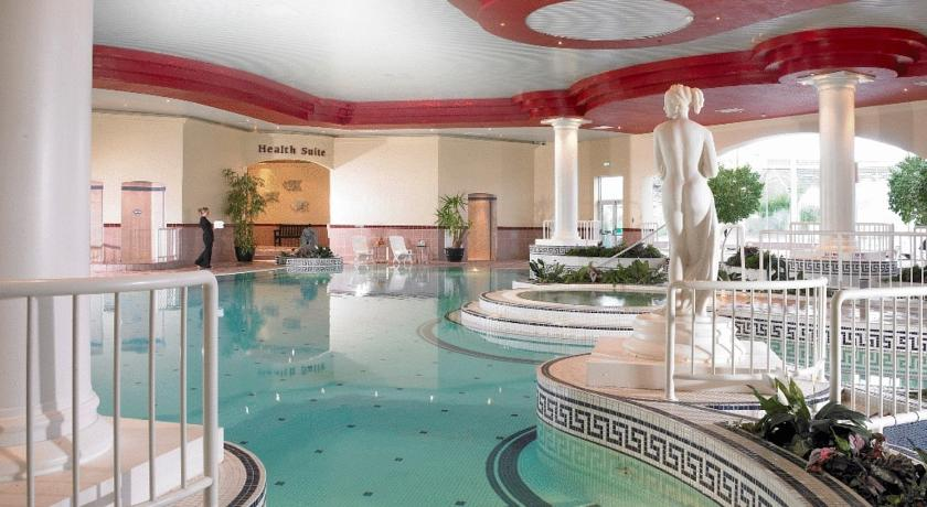 Rochestown Park Hotel Swimming Pool