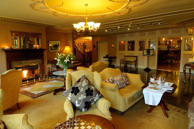 Killarney royal hotel lounge
