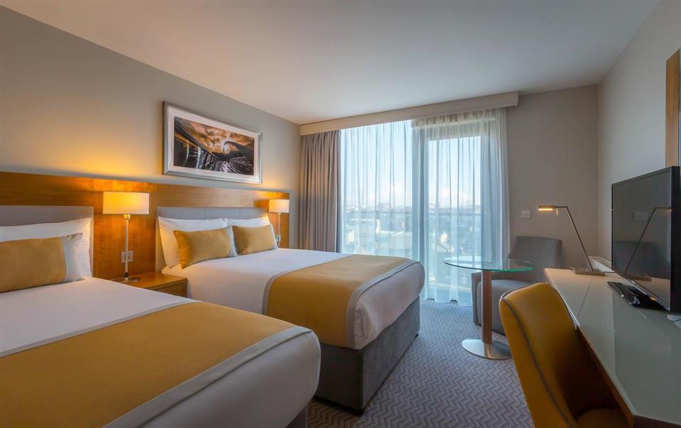 Maldron Hotel Smithfield Twin Room
