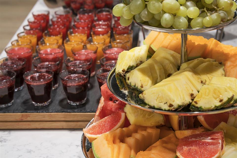 thon hotel storo  frukt