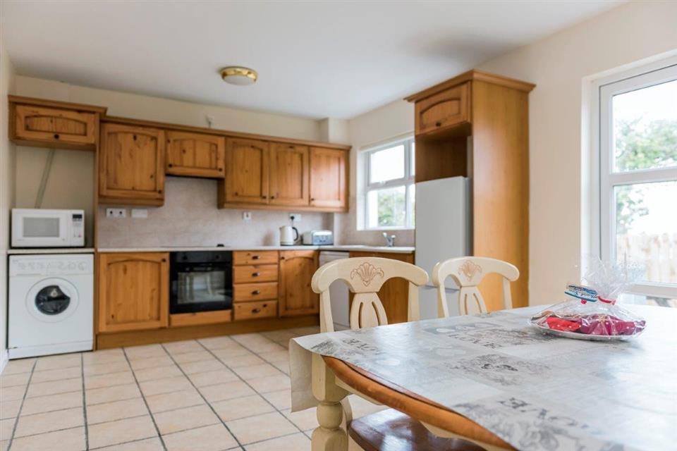 Marine View Holiday Homes Kitchen