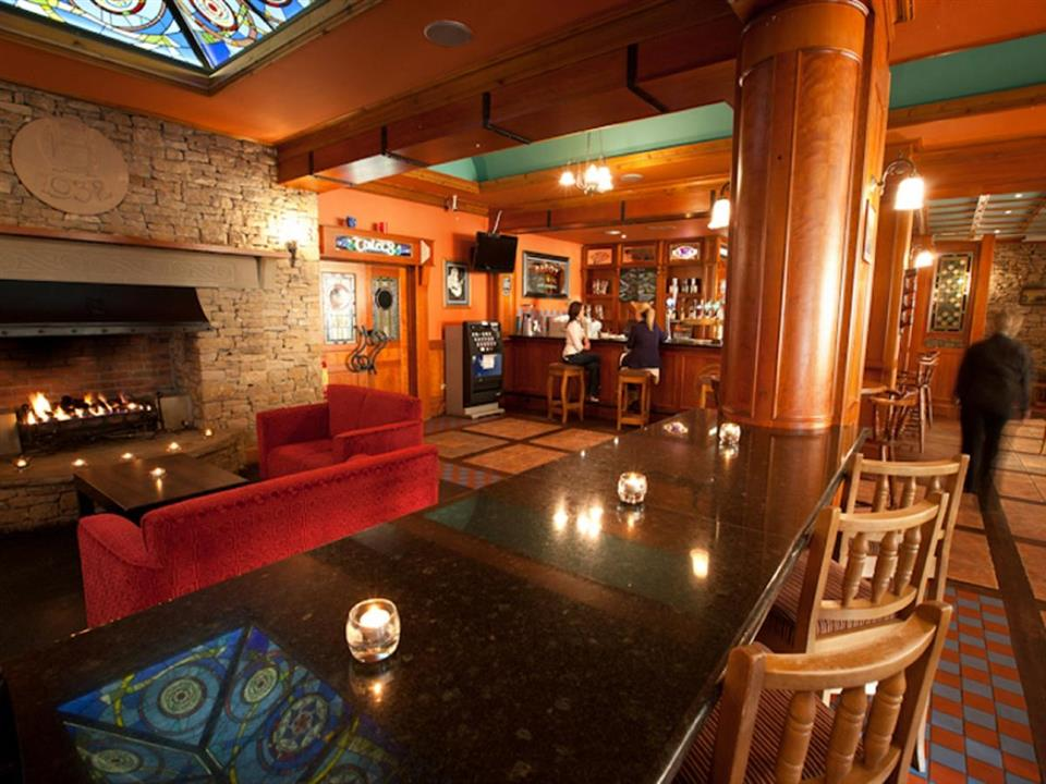 Grand Central Hotel Bar