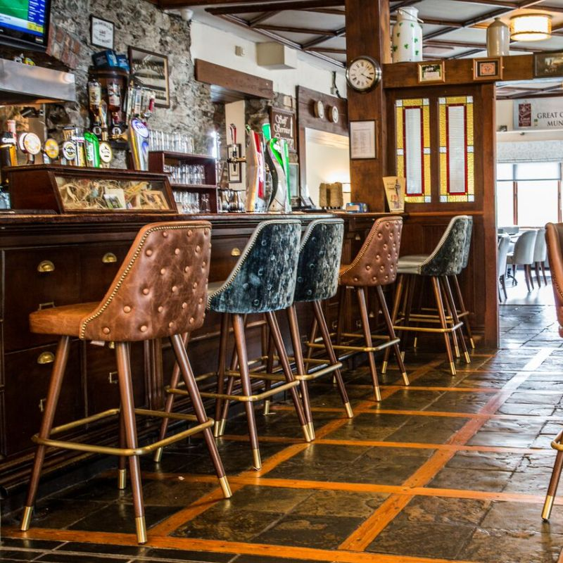 The Heights Hotel Killarney Bar