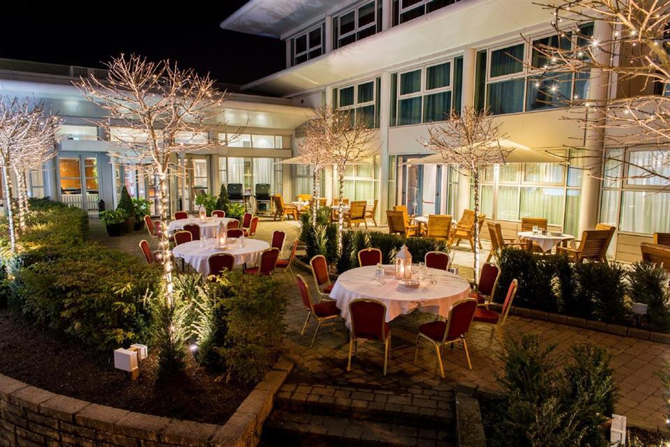 Radisson Blu Hotel Courtyard