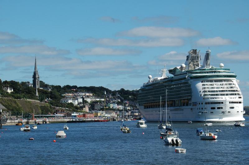 Waters Edge Hotel Cobh Harbour