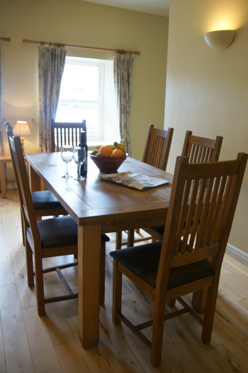 Aashelagh Cottages dining