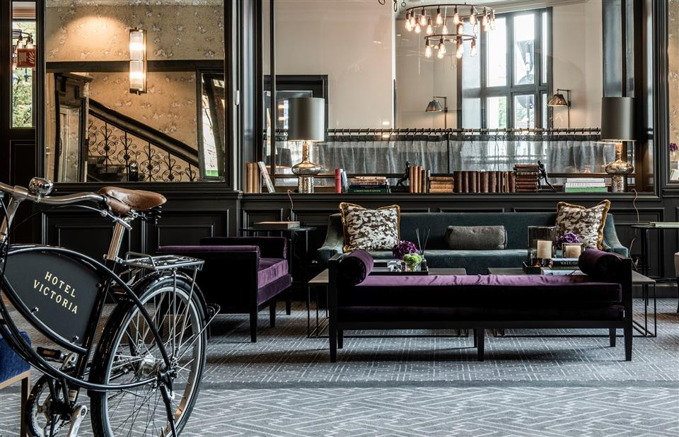 Victoria Hotel Lobby
