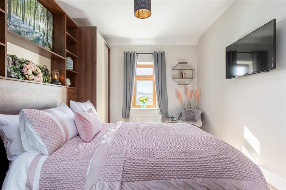 Fisherman's Nest bedroom