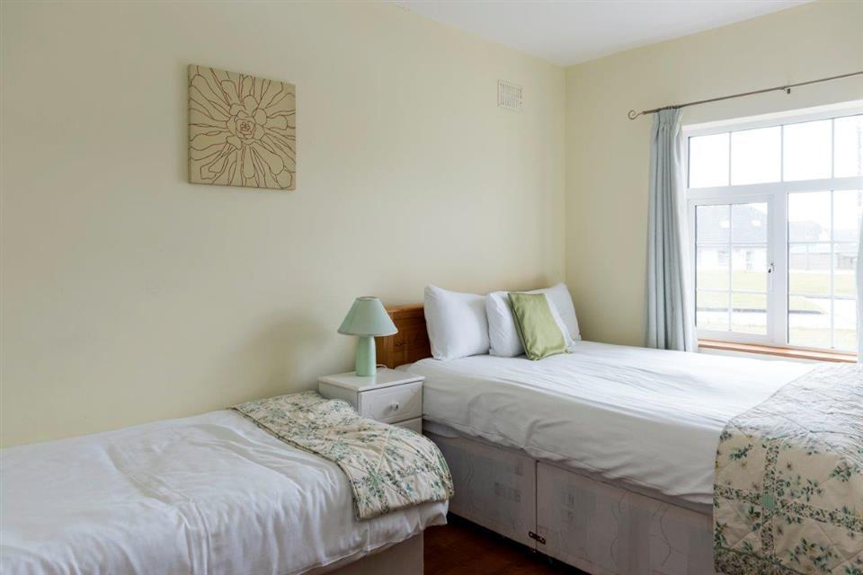 Bunholvil Holiday Cottage- Bedroom