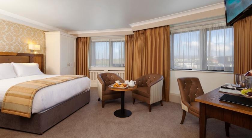 Limerick City Hotel Bedroom