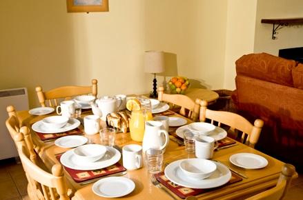 Seacliff Holiday Homes dining
